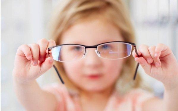 Cận thị – Những thông tin không thể bỏ qua để bảo vệ thị lực